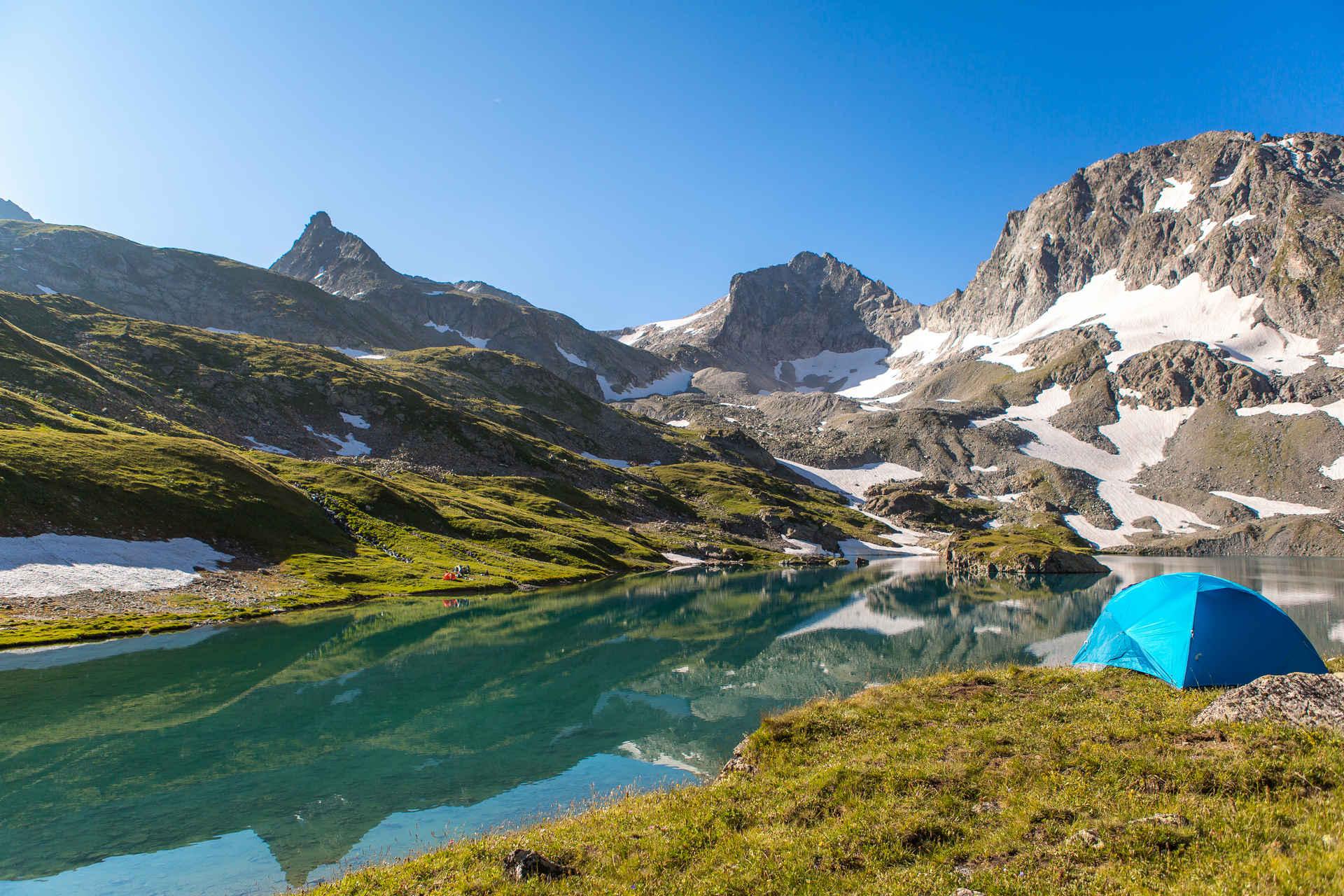 Архыз: озерный край. Треккинг c палатками.