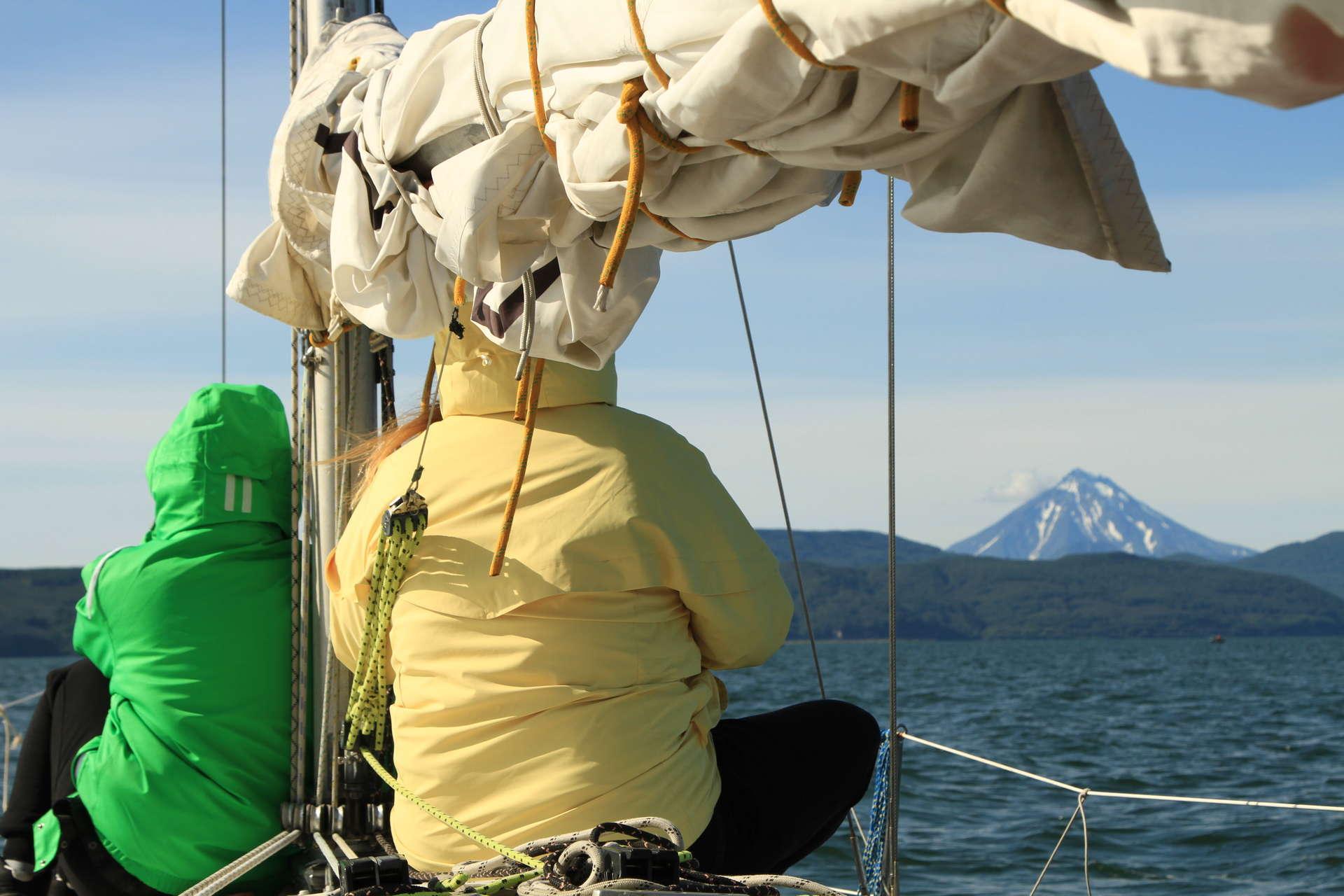 Экспедиция на Командорские острова: на яхте в поисках китов