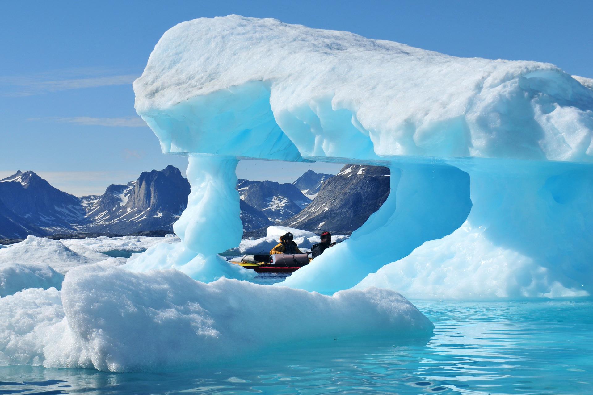 Гренландия – среди китов и айсбергов