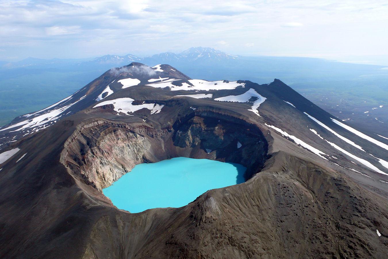 Камчатка – вулканы и горячие источники