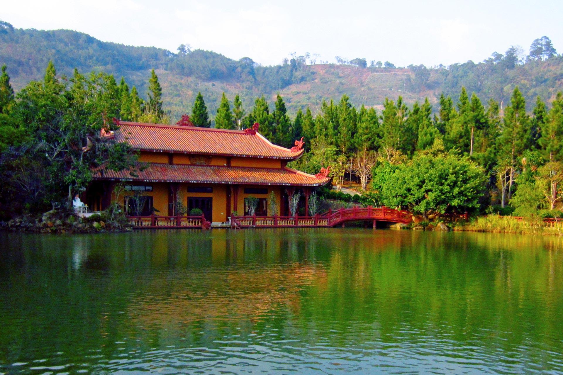 Через Вьетнам